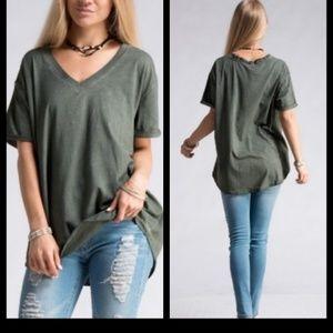 Tops - ❗LAST 2❗ Olive V Neck Tunic T-shirt